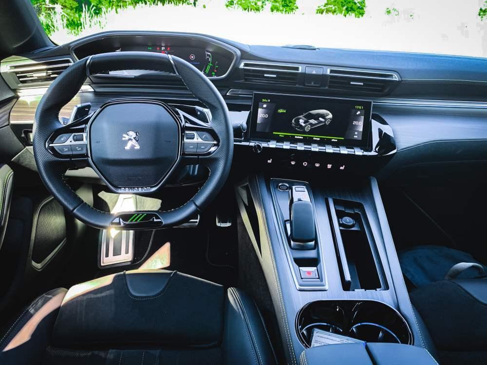 Peugeot 508 PSE Innenraum