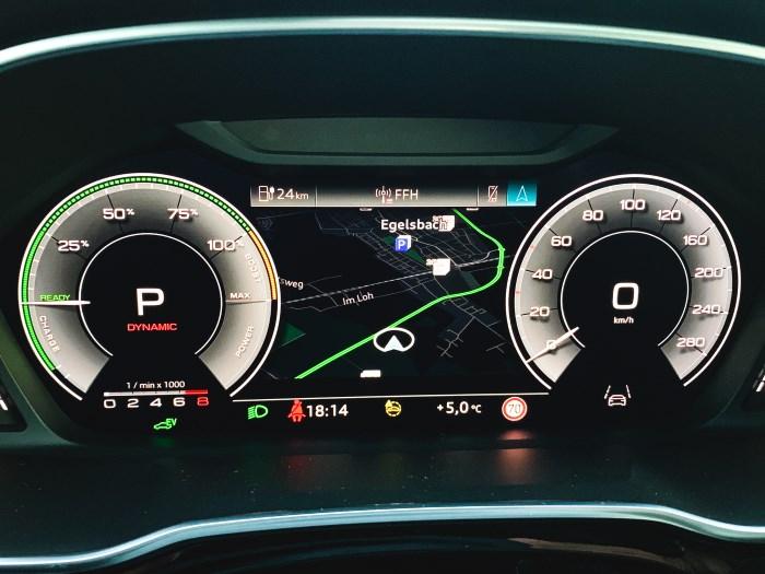 Audi Q3 Tacho